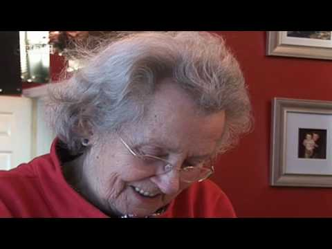 More about this episode: http://www.bbc.co.uk/programmes/b00r5y39 http://www.bbc.co.uk/wales Margaret John makes Welsh cakes for St David's Day. An intimate ...