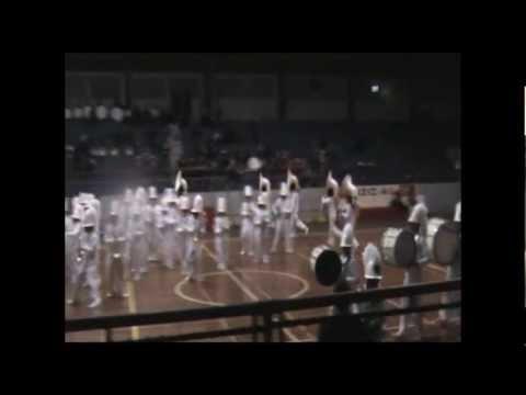 Sharks UEMB: Drumline con Coreografía