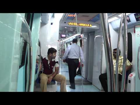 DUBAI METRO TRAIN TRAVEL HD