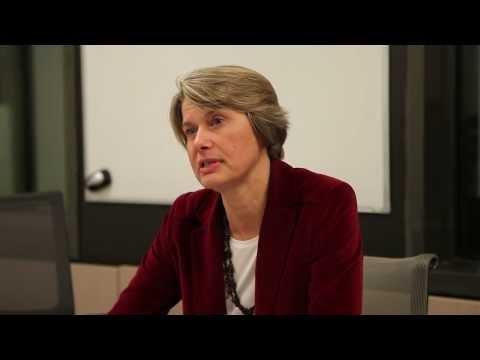 Interview de Sophie Hirat directrice du marché Education chez...