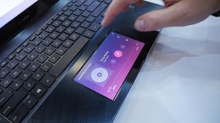 Ekran w gładziku laptopa? Ten w Asus ZenBook Pro 15 UX580 robi wrażenie