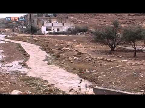الطقس البارد يضرب بلدانا عربية