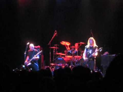 Anvil - Thumb Hang - Live In Toronto - 01/08/10