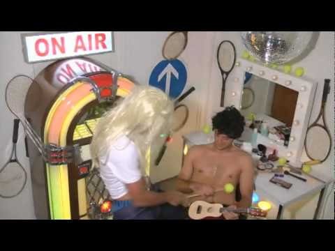 Novak Djokovic & Troicki (Shakira - Gipsy - Parody) Video