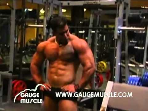 Gauge Flexing Massive Muscle video