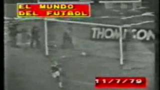 Gol de Mastrangelo a Independiente (Boca 1-Independiente 0 11-07-79)