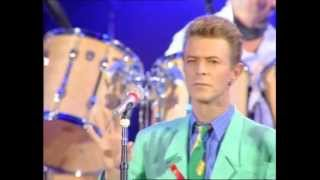 Queen + David Bowie & Mick Ronson - Heroes (at The Freddie Mercury Tribute Concert)