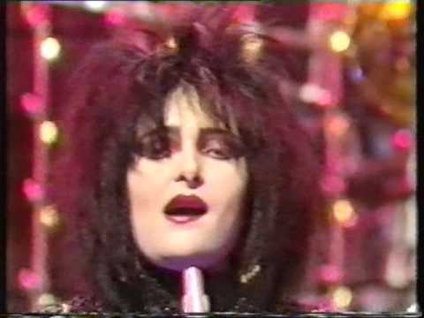 Siouxsie & The Banshees Dear Prudence Top Of The Pops 29/09/83