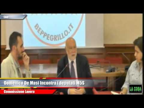 Domenico De Masi incontra il M5S: il lavoro