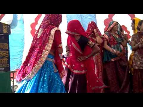 Rajasthani Meena Geet,karanpura Lalsot video