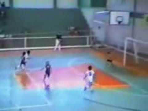 ◆動画◆インドのフットサルプレミアリーグでロナウジーニョが無双!5ゴールの大活躍!