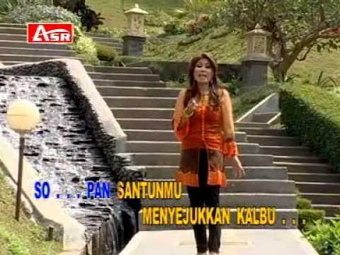Download Rita Sugiarto - Pria Idaman Karaoke + VC      - YouTube.flv Mp4 baru