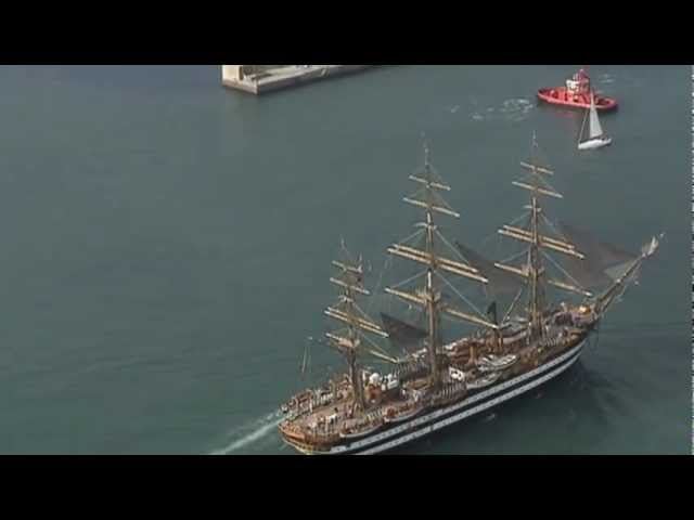 Maltese Falcon and Amerigo Vespucci inaugurate the 52nd Genoa boat show