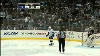 Steven Stamkos falls on penalty shot 1/5/11
