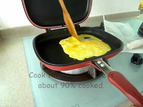 Making Omelette Roll
