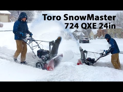 Toro SnowMaster QXE 724 Snow Blower in Action Performance Test Review
