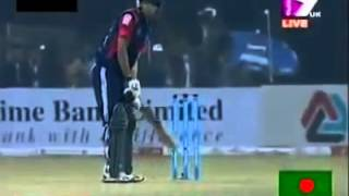 Nasir hossain funny batting in bpl