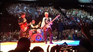 Even better than the real thing - U2 - live Paris -1-