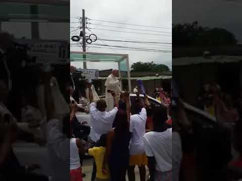 Caída del papa en colombia