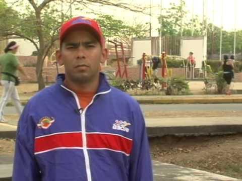 Informe de Gestión y Cuenta 2013. Gobernador del estado Barinas Adán Chávez