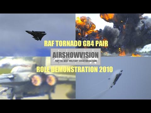 RAF TORNADO GR4 XV SQN. ATTACK DEMO - (airshowvision)
