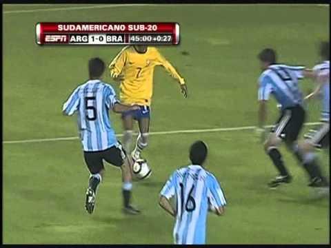 Neymar vs Argentina (06.02.2011)