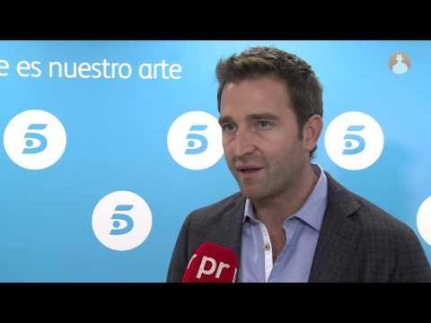 Fernando Gil ('El Rey'): 'En la serie vamos a ver a un Don Juan Carlos más serio, introvertido'