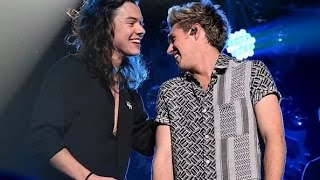 Download Lagu ONE DIRECTION || REMEMBER WHEN... || FUNNY & BEST MOMENTS Gratis STAFABAND