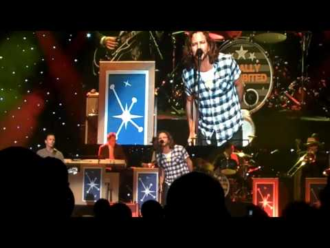 Conan Live In Seattle: Vedder&McCready - Baba O'riley