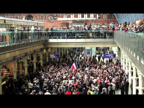 Les Misrables -- St. Pancras Flashmob