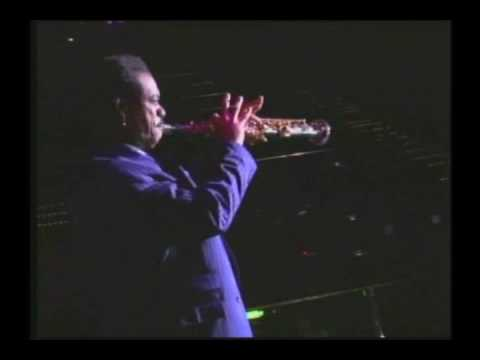 Nick Colionne plays Sax - 2007 All Star Cruise Video