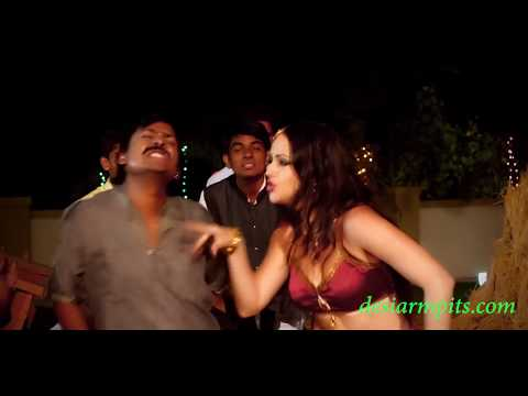 very hot girl showing milky armpits in Bhojpuri  item number thumbnail