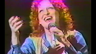 Watch Bette Midler Nanette video