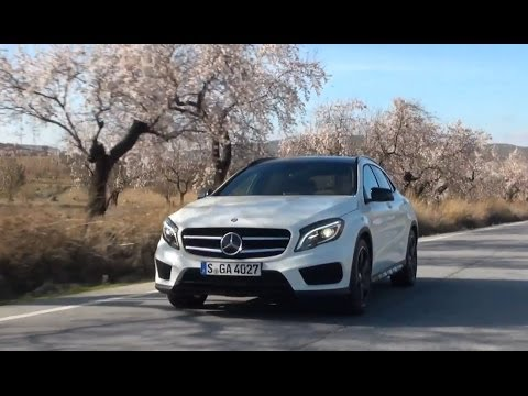 2015 Mercedes GLA-Class 250 4MATIC review test drive - Autogefühl Autoblog