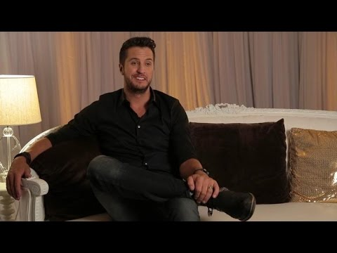 Luke Bryan's First ACM Awards: 'Reba Walked Out, and I Started Crying'