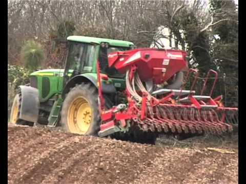 John Deere with Kverneland Accord drill