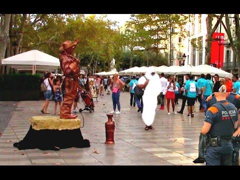 PUBLIC BOMB SCARE PRANK IN BARCELONA SPAIN