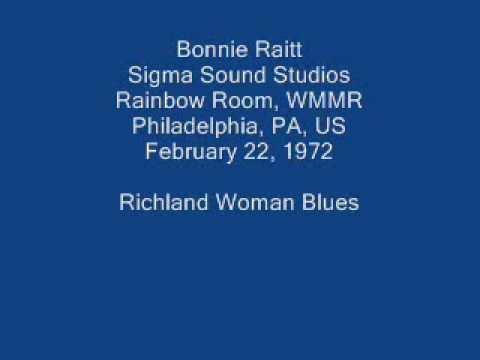 Bonnie Raitt 13 - Richland Woman Blues (orig. Mississippi John Hurt)