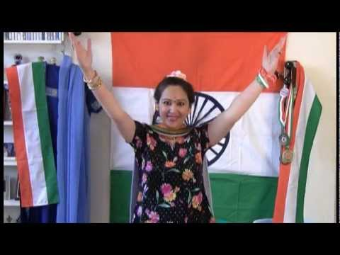 Patriotic Suno Gaur Se Duniyawalo presented by Gargi & group...