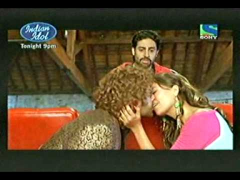 BOBY DOEL HOT KISS FROM JHOOM BARABAR JHOOM