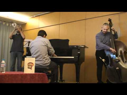"""ALL BLUES"" (M. Davis). Quinito Mourelle + Carlos Pérez Cruz + Baldo Martínez"