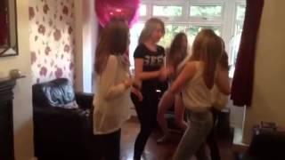 Harlem shake with the girls xxxx