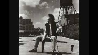 Watch Lou Reed Lisa Says video