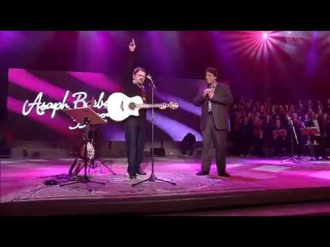 Asaph Borba e Sóstenes Mendes - Deus é Fiel - DVD 35 anos Rastros de Amor