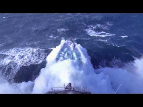Fragata vs Tormenta [HD]