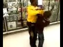 2 black kids+guitar hero=fight Video