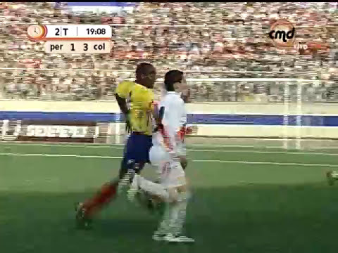 JAMES RODRIGUEZ JUGO EN CHIMBOTE PERU VS COLOMBIA SUB-17 AÑO 2007