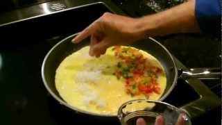 How to Make an Omelet -- Easy