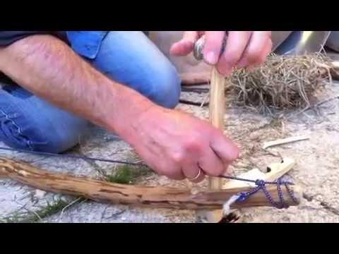 feuer machen ohne streichh lzer bow drill auf youtube. Black Bedroom Furniture Sets. Home Design Ideas