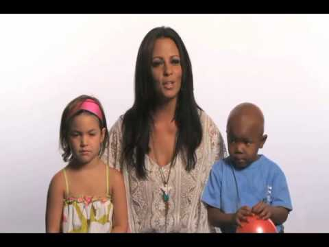 Sara Evans is Committed to a Cure for Childhood Cancer